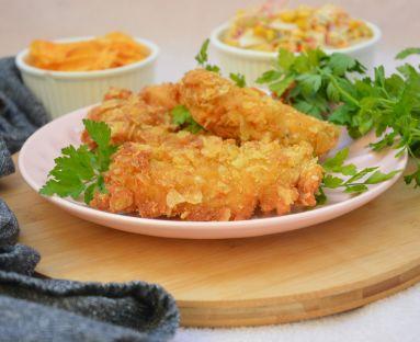 Polędwiczki z kurczaka w chrupiącej panierce z chipsów