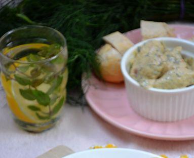 Piersi w sosie serowo-koperkowym