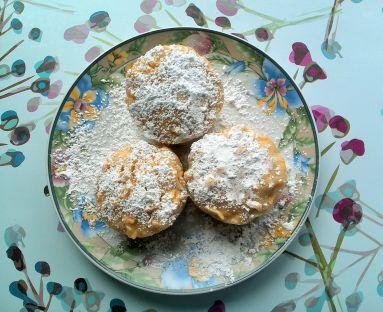 Muffinki z jabłkami i orzechami na maślance