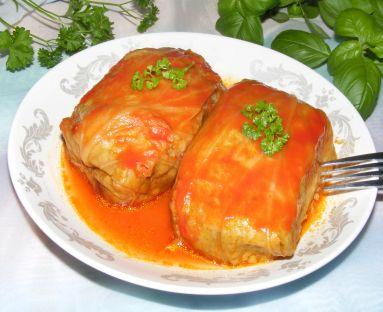 Gołąbki z kapusty coolwrap duszone w pomidorach