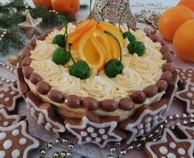 Tort korzenno - miodowy z kremem pomarańczowym