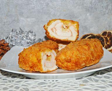 Roladki (dewolaje) drobiowe z serem w panierce kukurydzianej