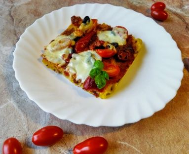 Pieczona polenta à la pizza