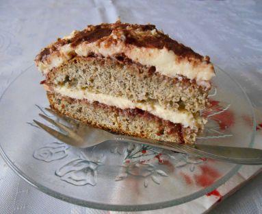 Tort makowy z kremem budyniowym i dżemem