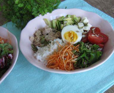 Buddha bowl z tuńczykiem