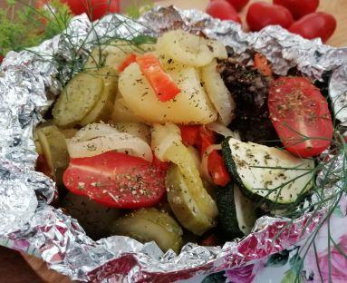 Kaszanka z warzywami w pakieciku na grilla lub do piekarnika