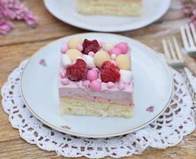 Mocno malinowe ciasto 1