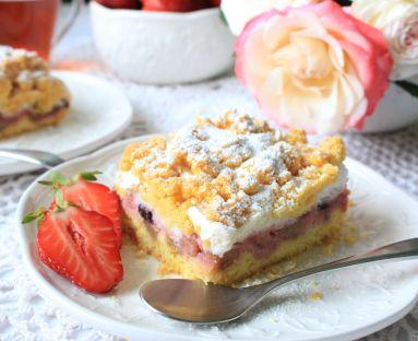 Ciasto kruche na smalcu z owocami