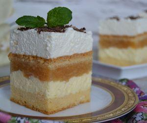 Ciasto Z Jablkami Budyniem I Bita Smietana Przyslijprzepis Pl