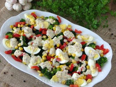 Salatka Brokulowa Z Jajkiem Salatka Z Brokulem 15 Przepisow