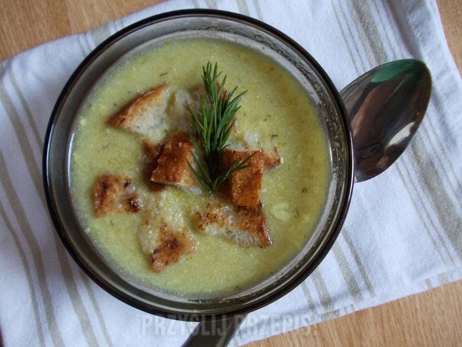 Zupa Brokułowa Z Grzankami