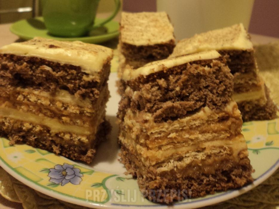 Ciasto z masą krówkową i budyniową