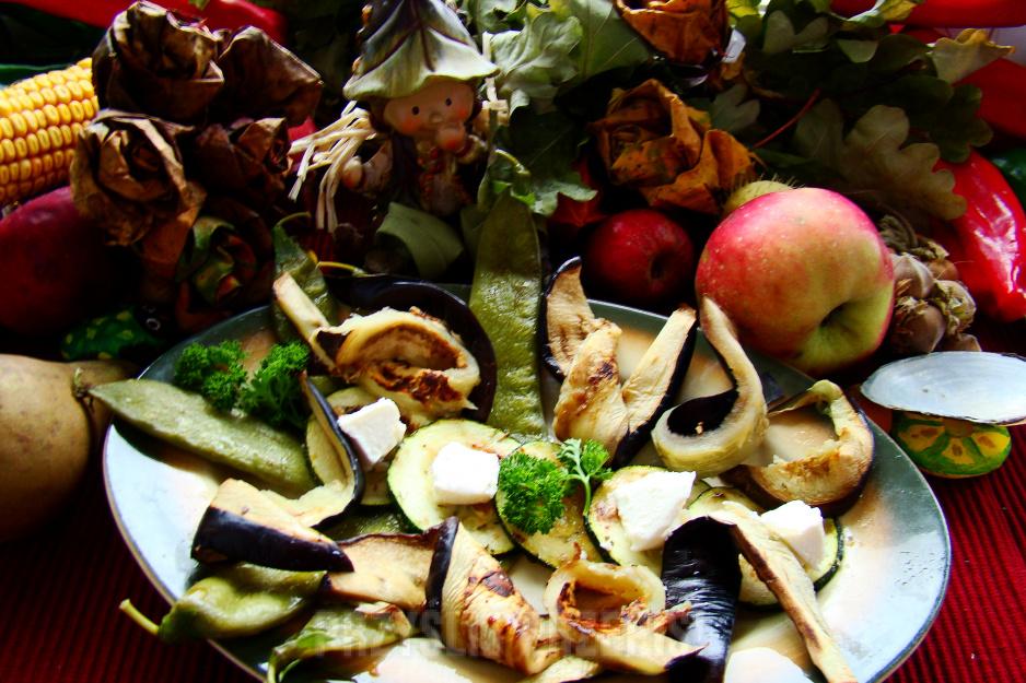 Grillowane warzywa z sosem czosnkowym