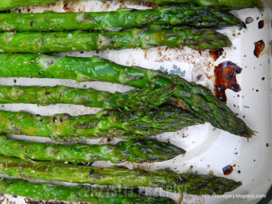 Zielone Szparagi Pieczone W Piekarniku Przyslijprzepis Pl