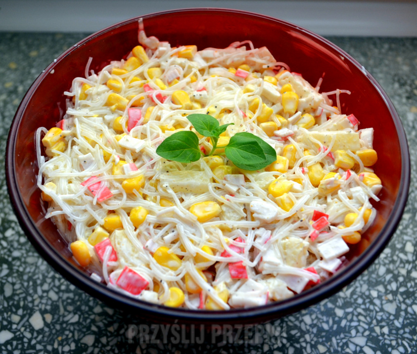 Salatka Z Surimi I Makaronem Chinskim Przyslijprzepis Pl