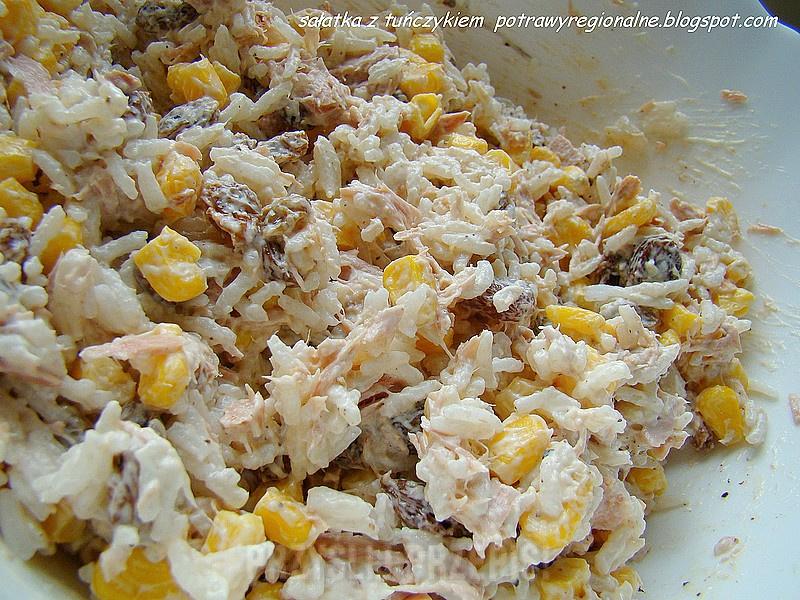 Salatka Z Tunczykiem Ryzem I Kukurydza Przyslijprzepis Pl