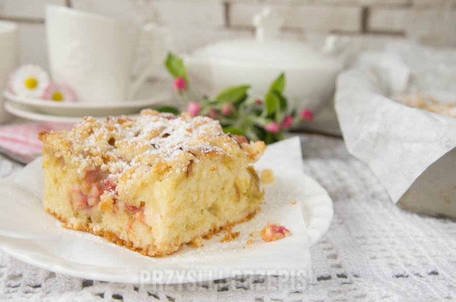 Jogurtowe Ciasto Z Rabarbarem I Kruszonka Przyslijprzepis Pl