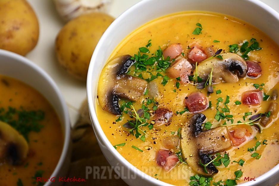 Zupa kartoflana z pieczarkami