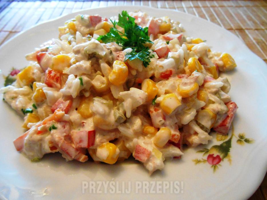 Salatka Z Tunczykiem I Papryka Przyslijprzepis Pl