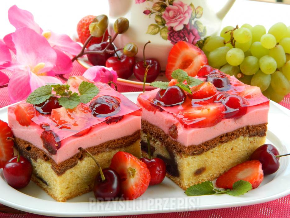 Ciasto Laciatek Z Musem Galaretka I Owocami Przyslijprzepis Pl