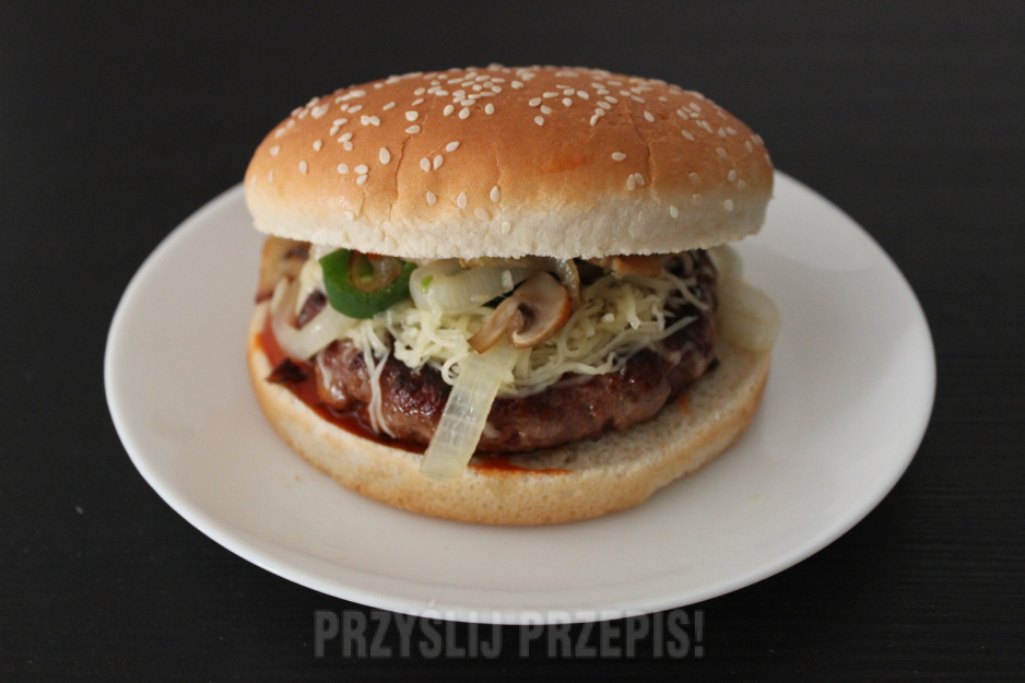 Amerykańska Kanapka Cudighi Sandwich