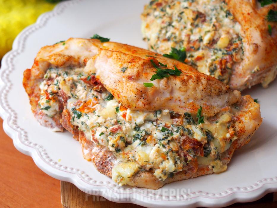Filet Z Kurczaka Po Balkansku Z Serem Feta Suszonymi Pomidorami
