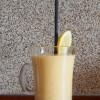 Koktajl z mango, pomarańczą i bananem