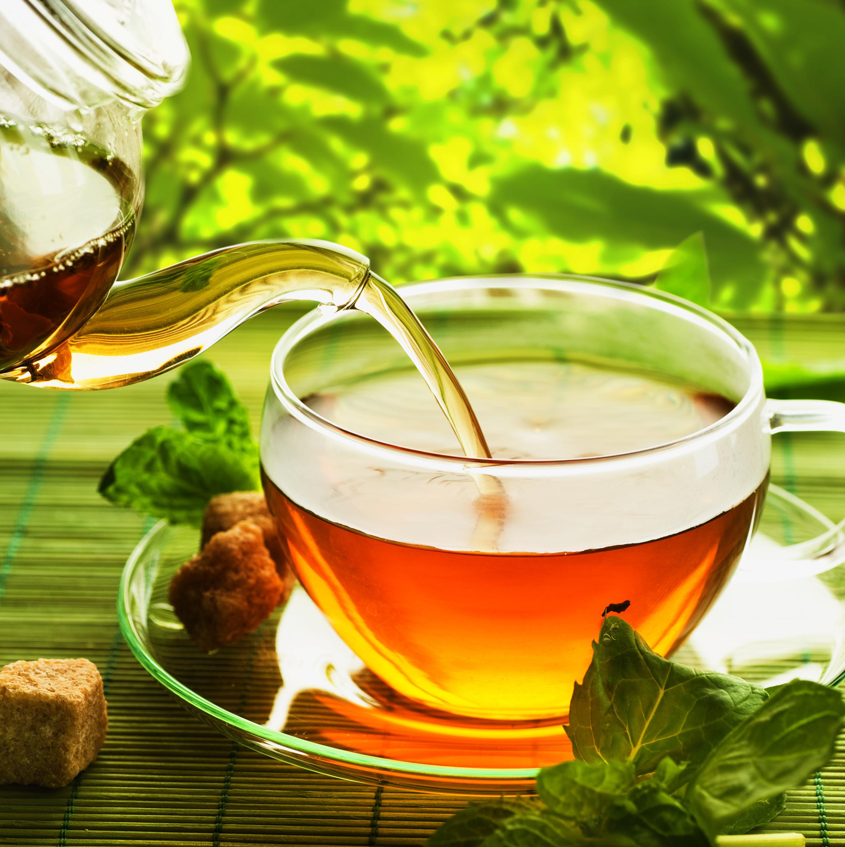 Чем полезен чай для глаз