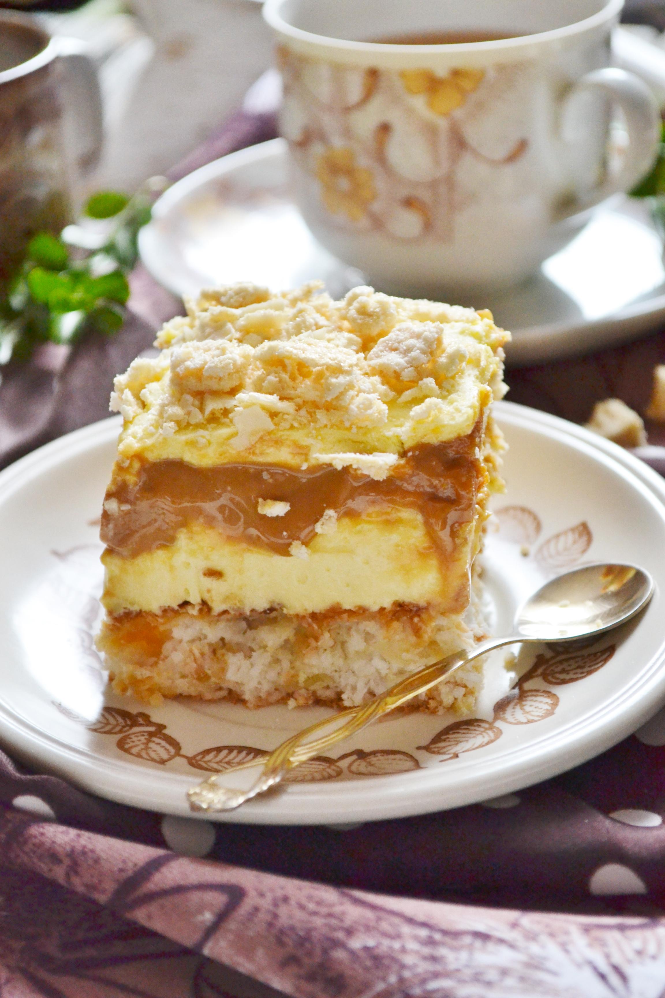 ciasto princessa z karmelem i kremem budyniowym