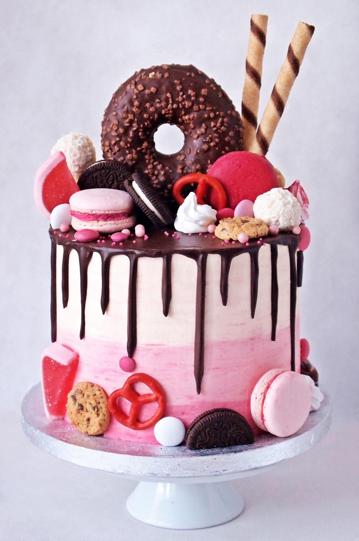 czekoladowy-drip-cake.jpeg