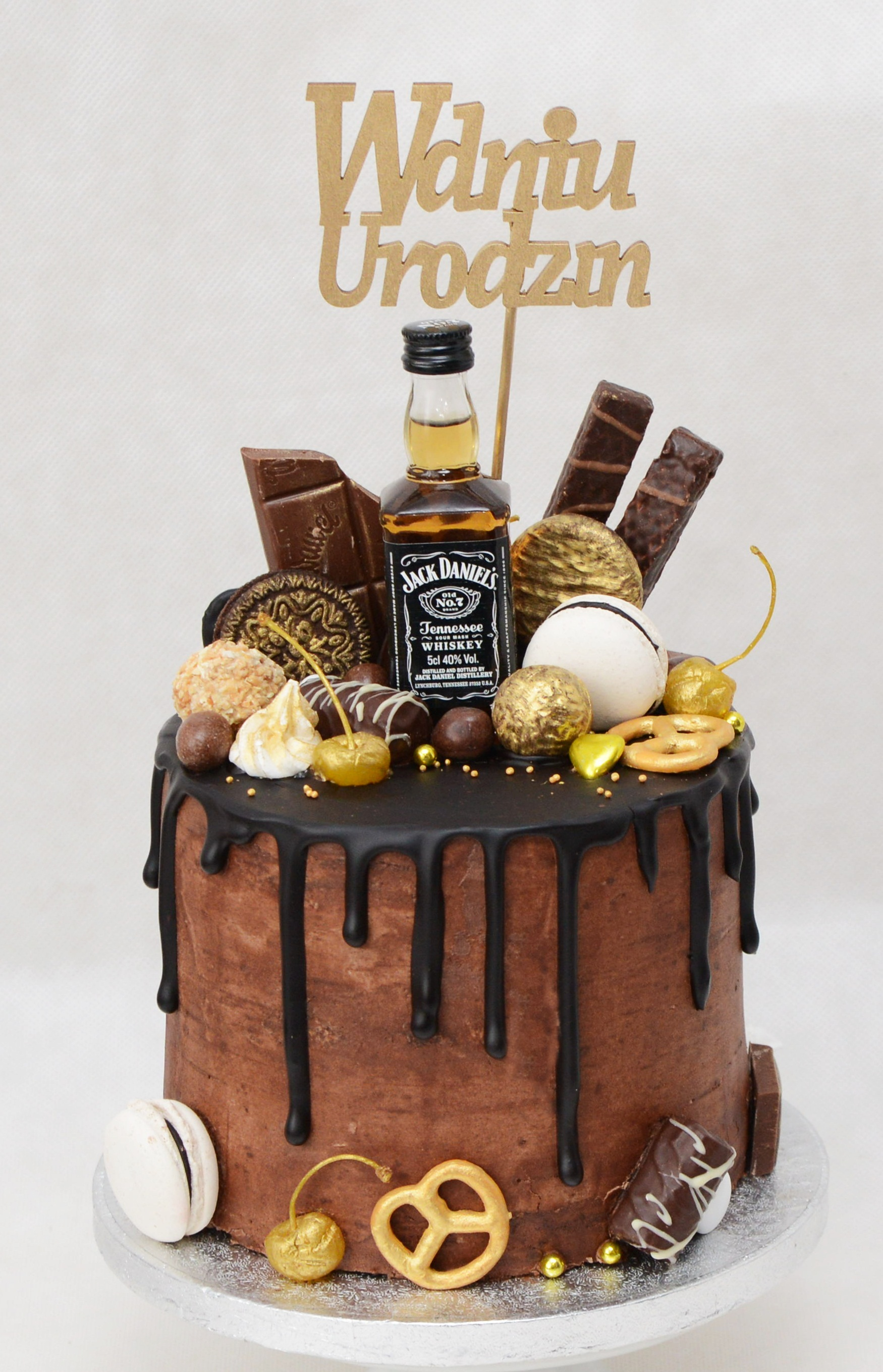 Czekoladowo śliwkowy Drip Cake Z Whisky Przyslijprzepis Pl